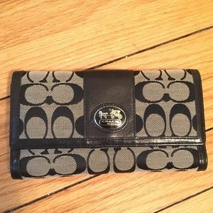Coach Wallet- Trifold Black and Gray